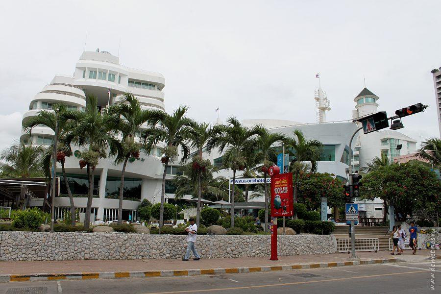 Pattaya Beach Road Hotels