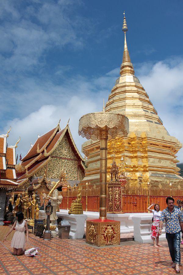 Ступа Ват Пратхат Дой Сутхеп в Чианг Мае