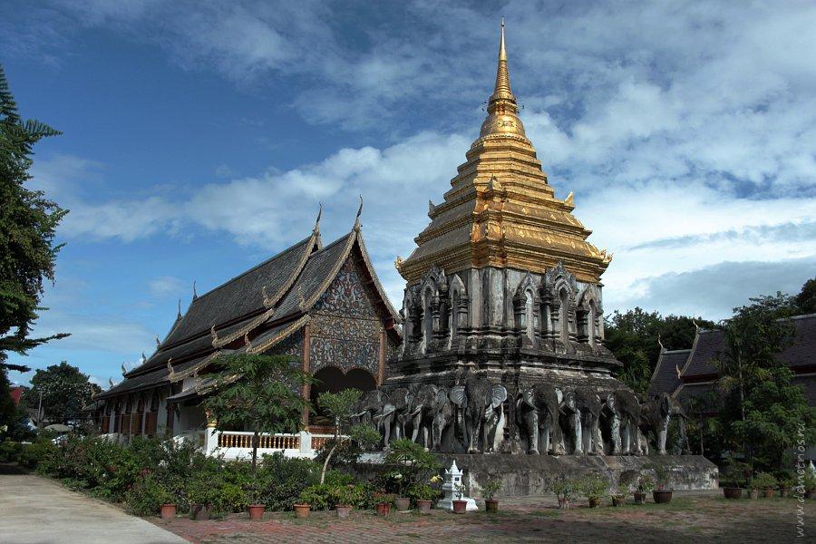 Храм Ват Чианг Ман (Wat Chiang Man) в Старом Городе Чианг Мая