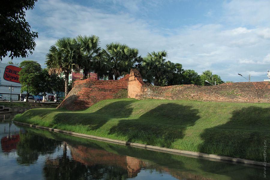 Стена Старого Города в Чианг Мае