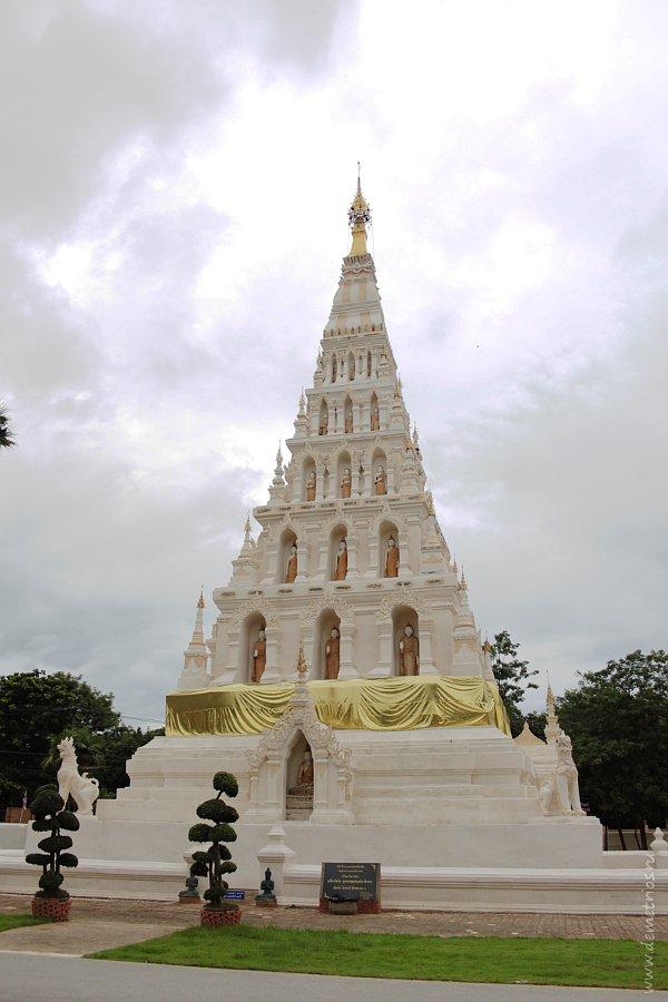 Храм Wat Chedi Liem в Древнем Городе Wiang Kum Kam Чианг Мая