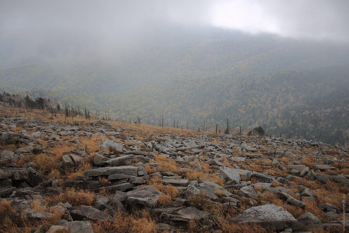 Пидан. Гора Ливадийская. Каменистые склоны