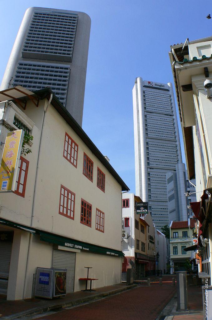 Контрасты в архитектуре. Лодочная набережная (Бот Ки), Сингапур, Boat Quay Singapore