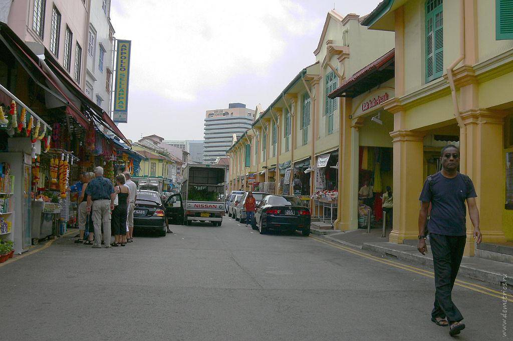 Сингапур. Одна из улиц Маленькой Индии. Singapore. Little India street