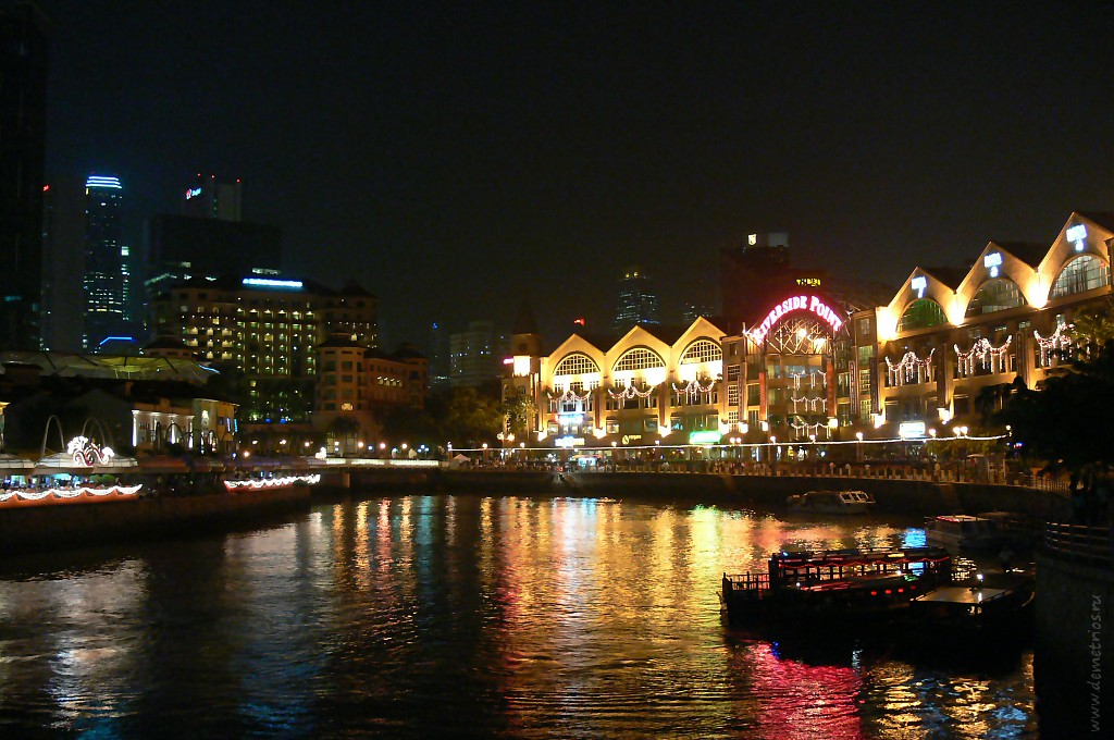 Ночной Сингапур на Clarke Quay. Singapore at night in Clarke Quay, Riverside Point