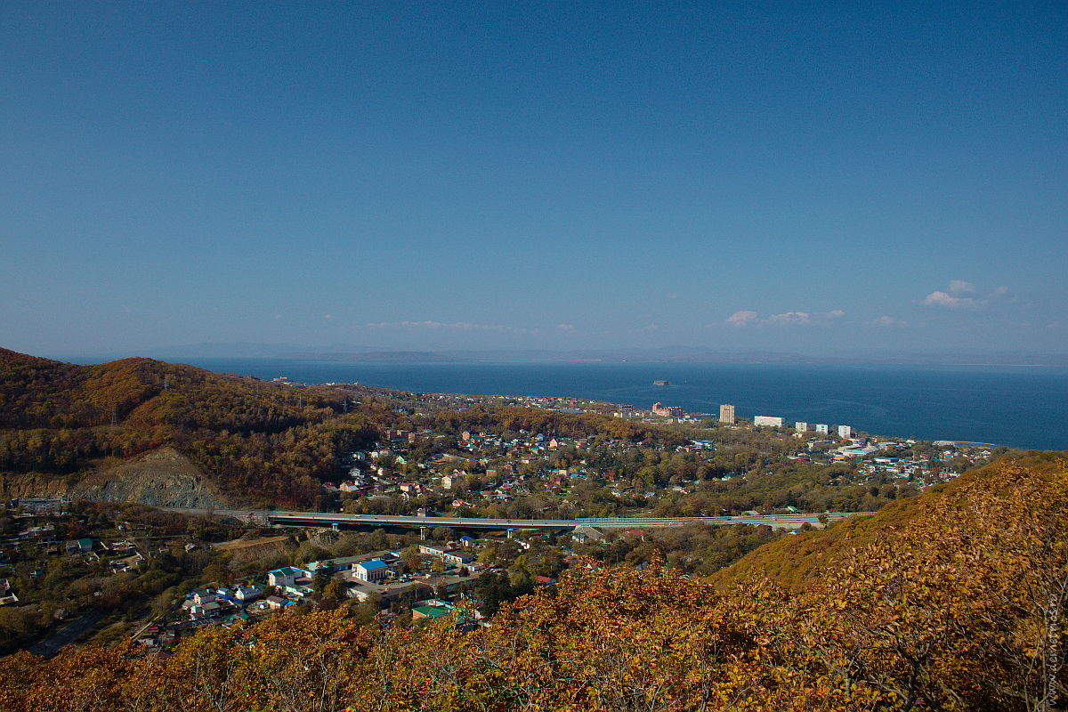"Гора ""Роза ветров"" и вид на Седанку и Амурский залив, Владивосток"