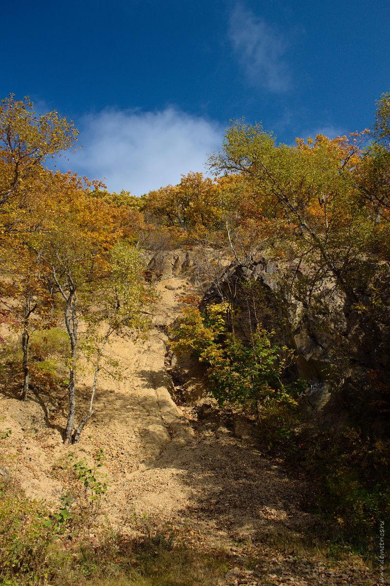 Три пещеры, Царский недостроенный тоннельный пороховой погреб № 11, Владивосток, Three caves in Vladivostok