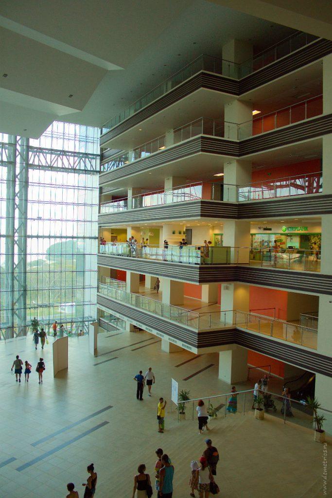 Студенческий центр ДВФУ, FEFU Student centre