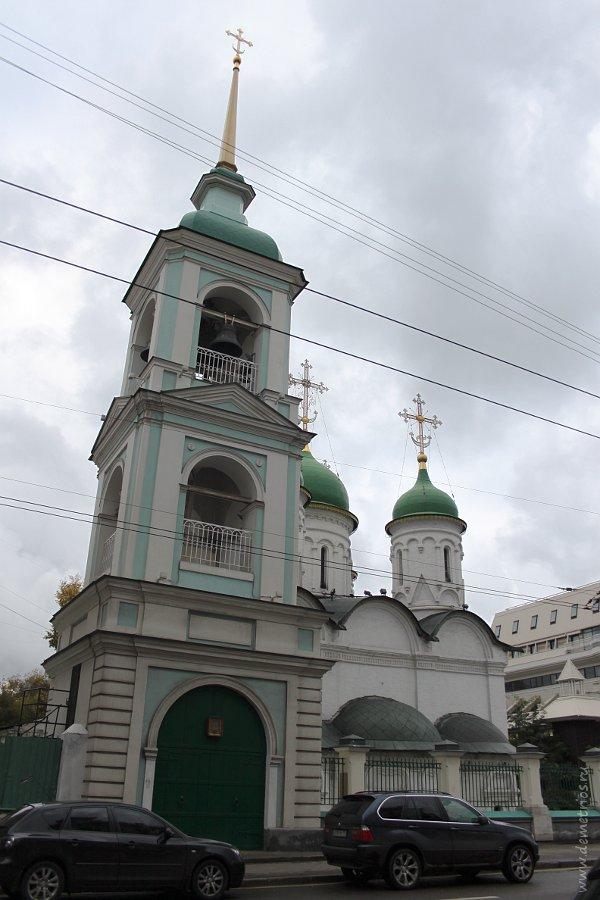 Храм Троицы в Листах, Сретенка, Москва