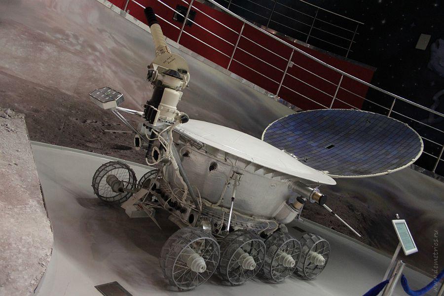 Макет автоматического модуля Луноход-1, музей космонавтики, Москва