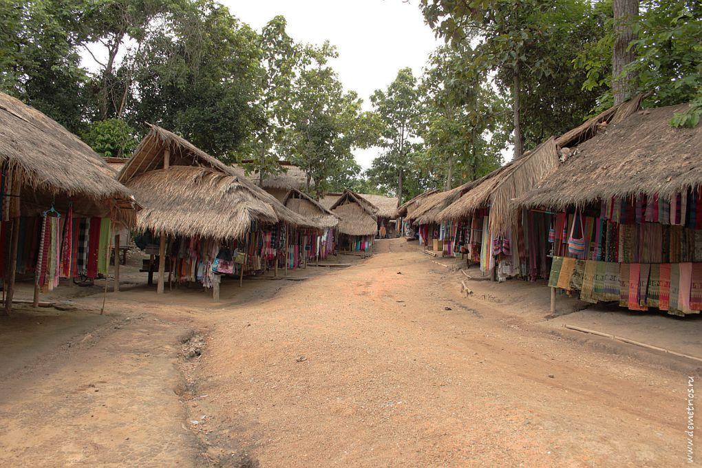 Чианг-Май. Деревня длинных шей (Long Neck Village)