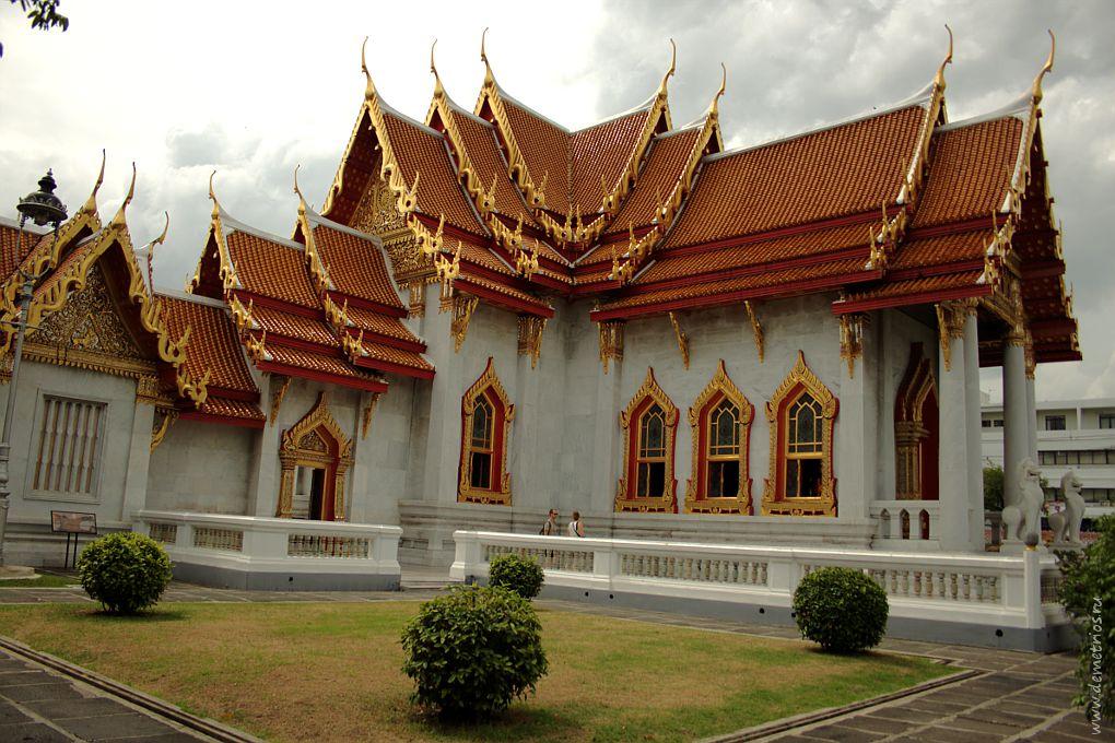 Мраморный храм (Wat Benchamabaphit), Бангкок