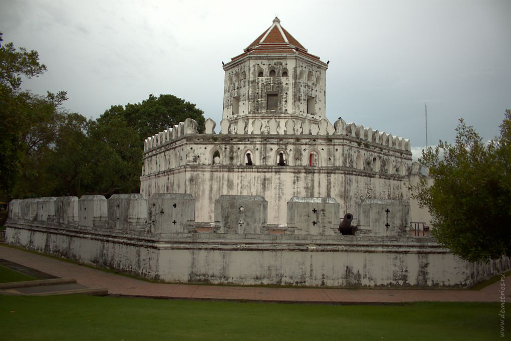 Форт Пра Сумен (Phra Sumen), Бангкок