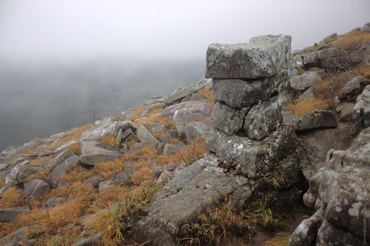 Пидан. Гора Ливадийская. Каменные конструкции