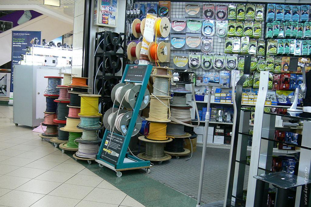 Сингапур, электротовары в SIM LIM, Singapore, electrical shop